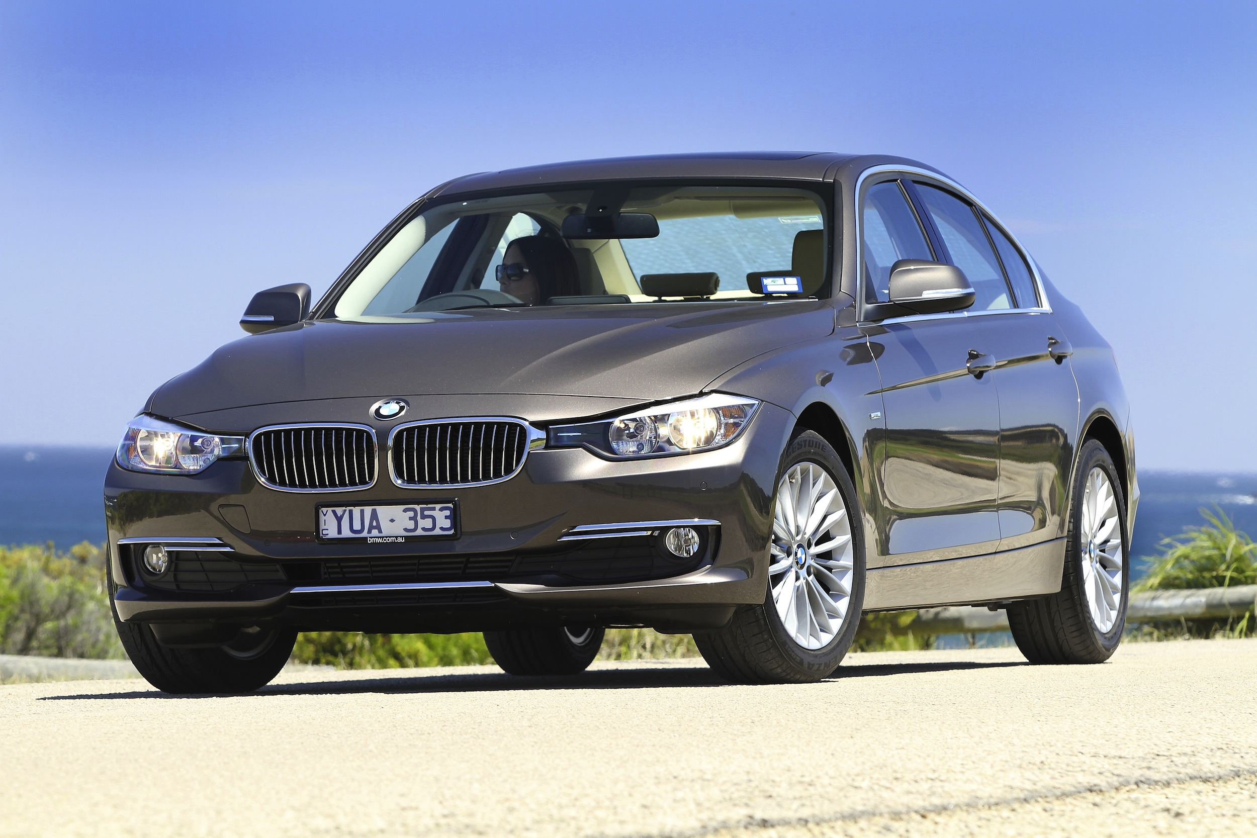 2012 bmw 3 series review caradvice. Black Bedroom Furniture Sets. Home Design Ideas