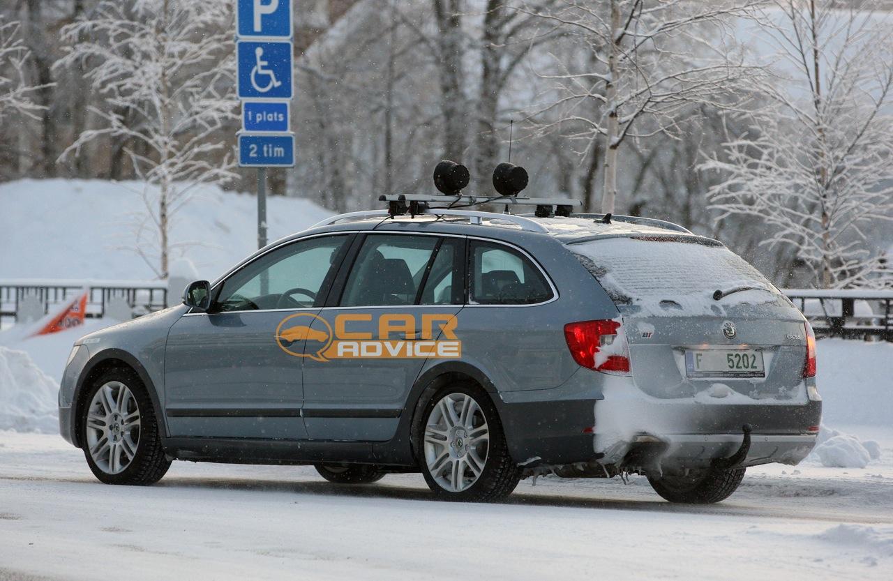 Skoda Superb Scout winter spy shots - photos | CarAdvice