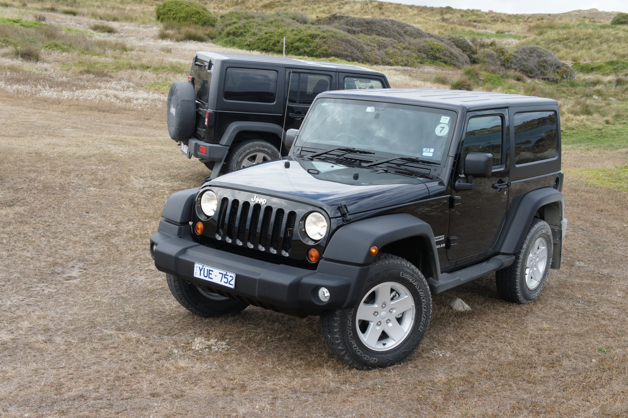 2012 jeep wrangler review caradvice. Black Bedroom Furniture Sets. Home Design Ideas