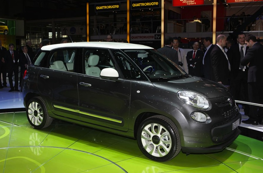 fiat 500x italy 39 s new compact crossover photos caradvice. Black Bedroom Furniture Sets. Home Design Ideas