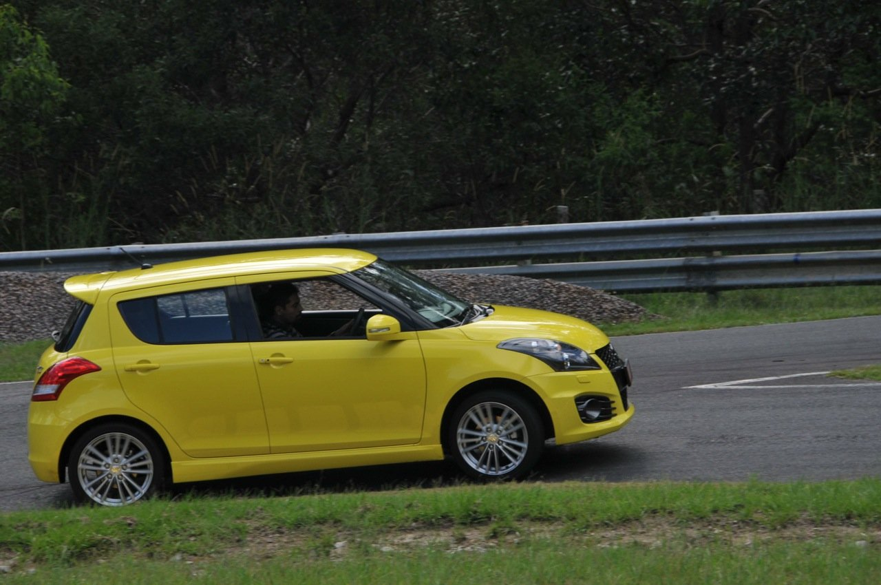 Suzuki Swift Sport Review: On Track - photos | CarAdvice