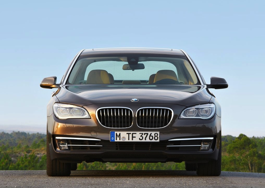 bmw 7 series facelift for flagship luxury limousine photos caradvice. Black Bedroom Furniture Sets. Home Design Ideas