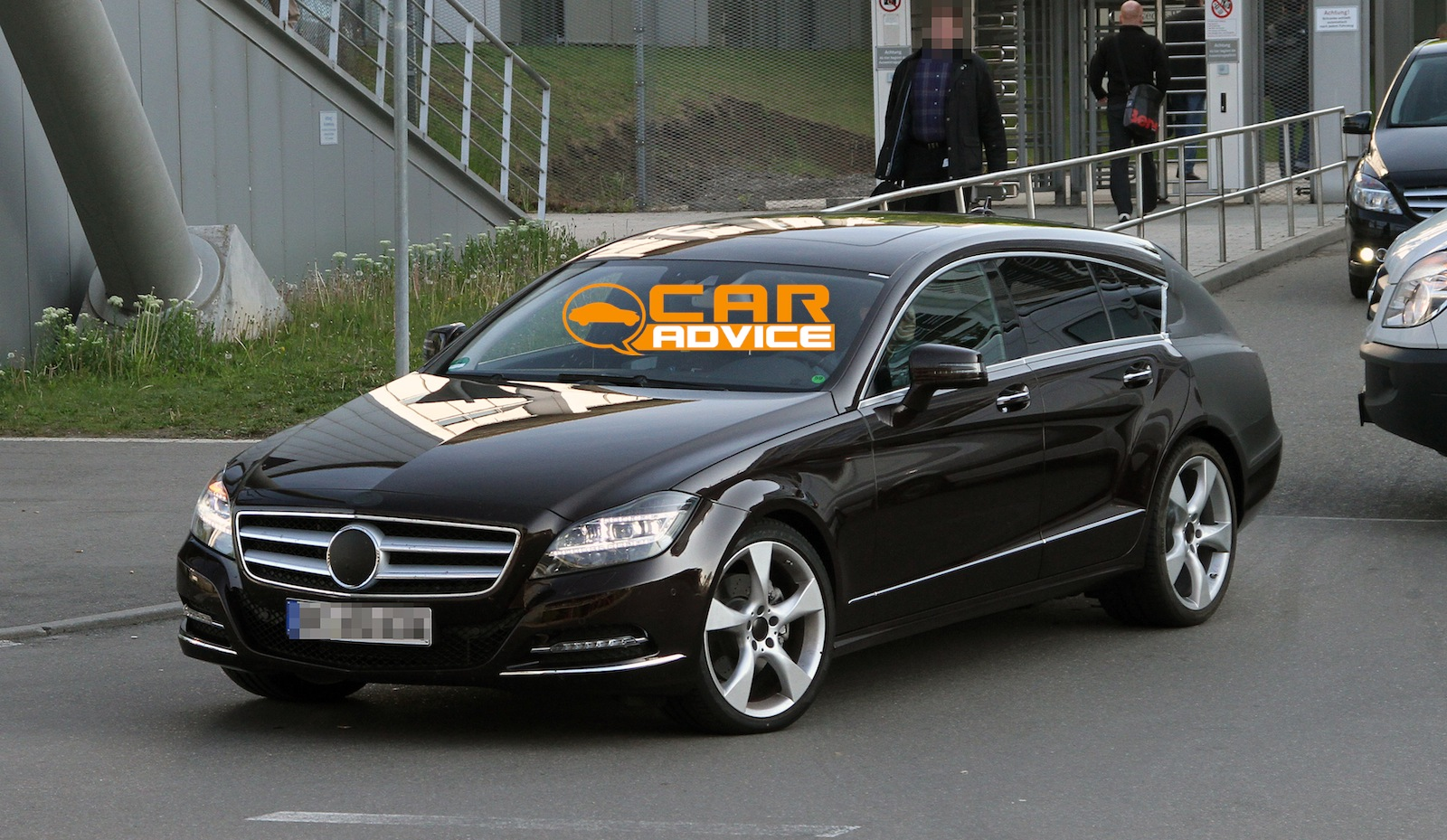 Mercedes Benz Cls Shooting Brake Spy Shots Photos Caradvice
