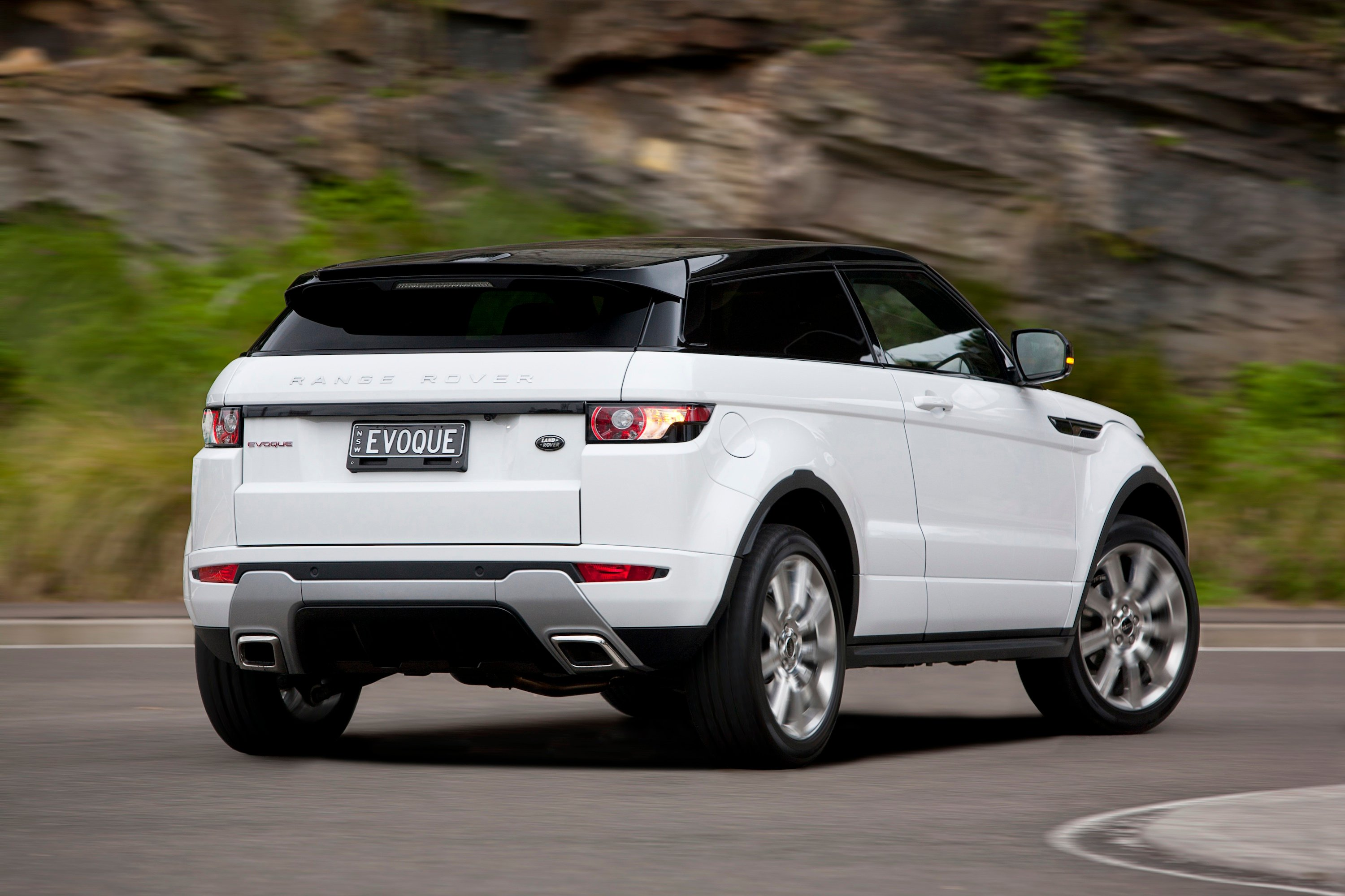 range rover evoque review photos caradvice. Black Bedroom Furniture Sets. Home Design Ideas