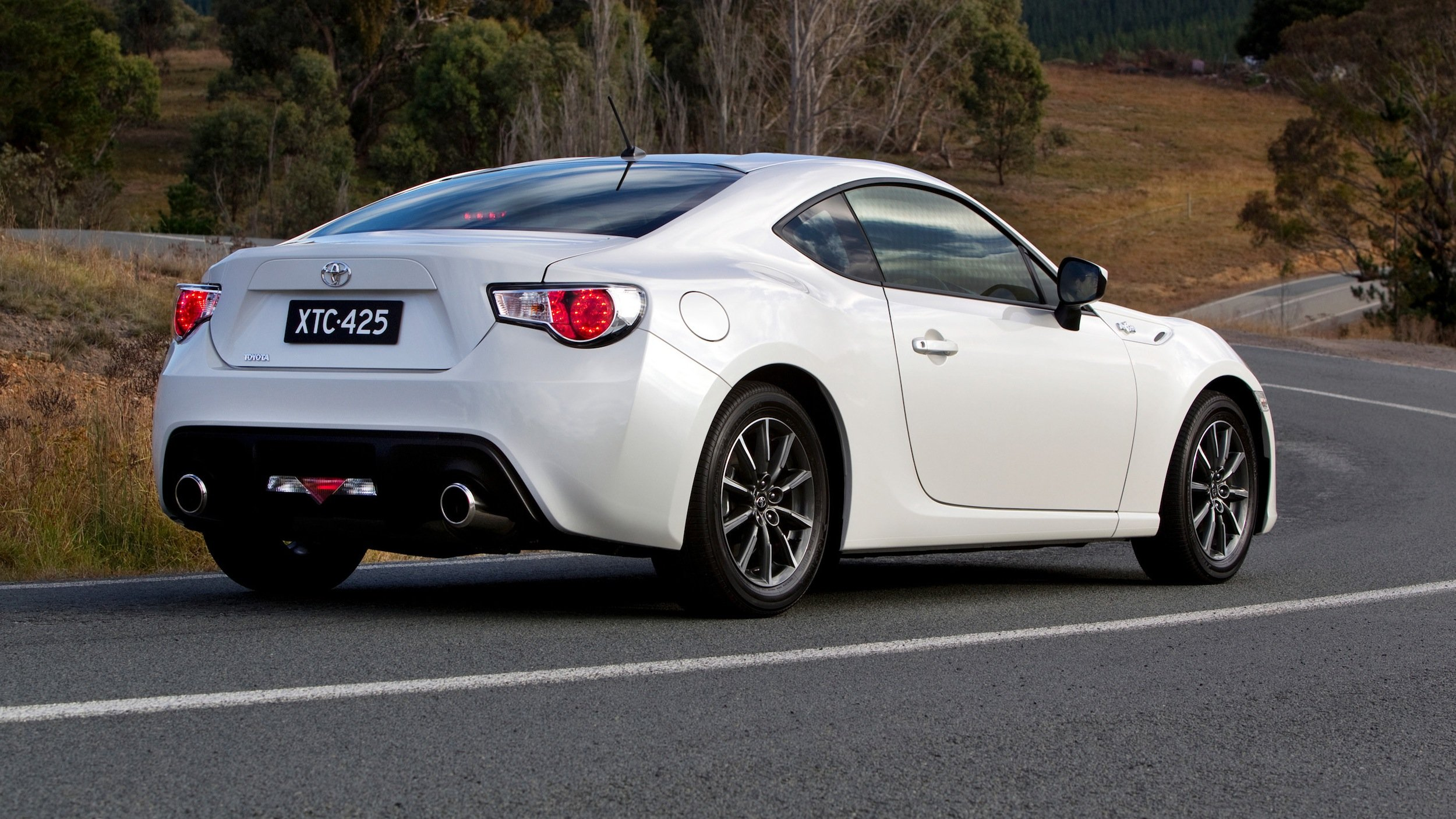 Toyota 86 Exclusive Racetrack Plan Revealed Photos