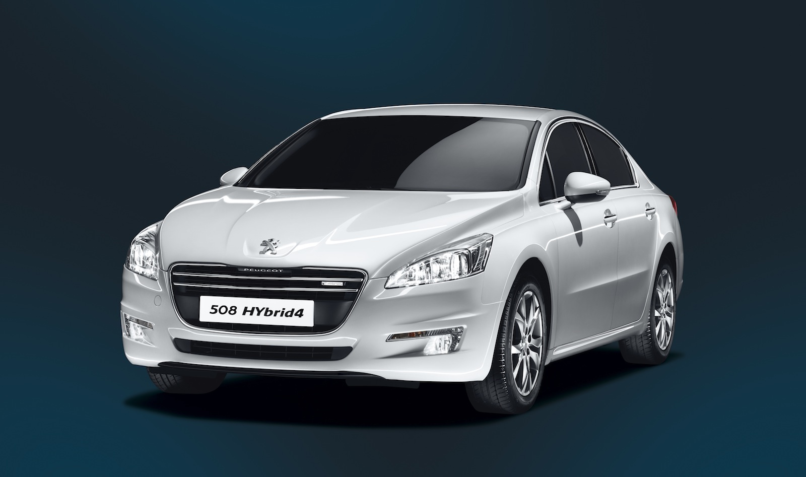 Peugeot 508 Hybrid4 Diesel Electric Large Sedan Launched