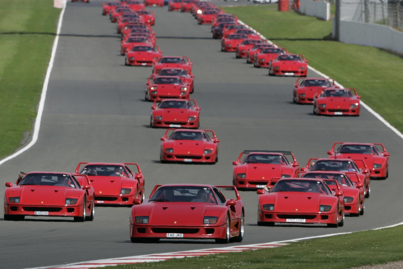 Ferrari F40: world record set at Silverstone - photos   CarAdvice