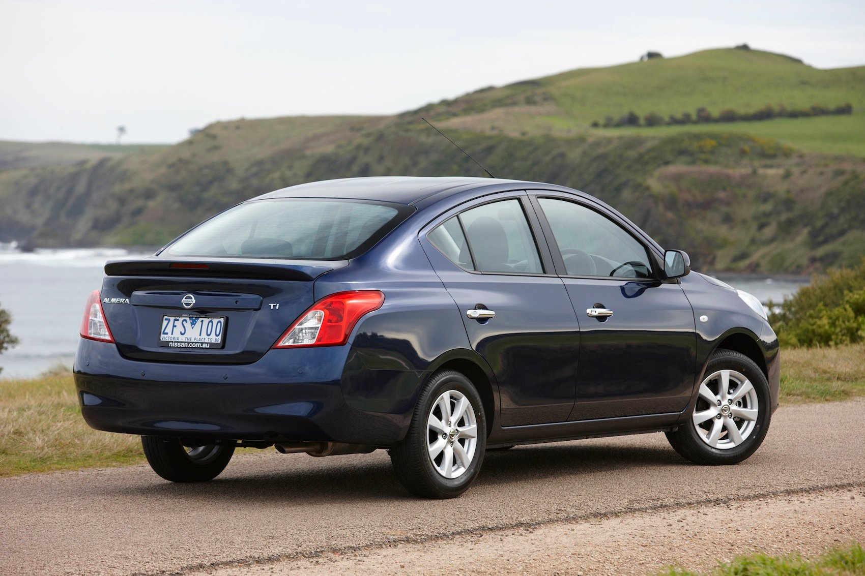 Nissan Almera: Australian prices and specifications ...