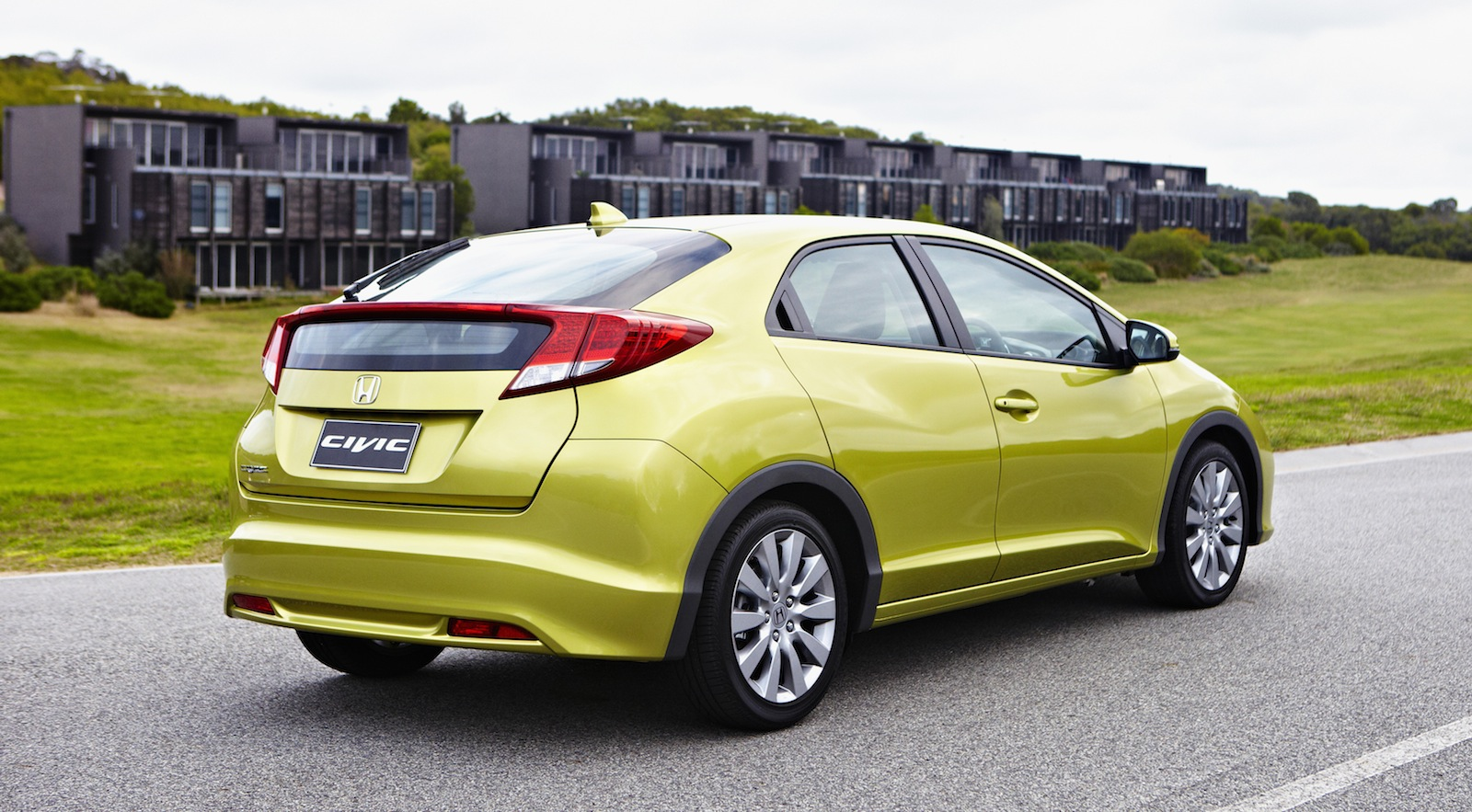 Honda Civic Hatch Review - Photos