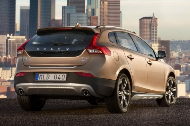 volvo v40 cross country 2 625x416 Volvo V40 Cross Country leaks online