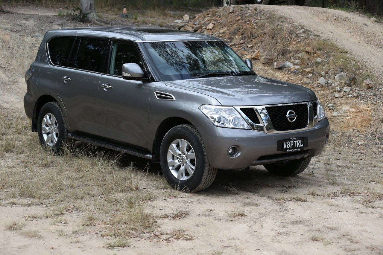 2013 Nissan Patrol pricing and specifications - Photos (1 ...