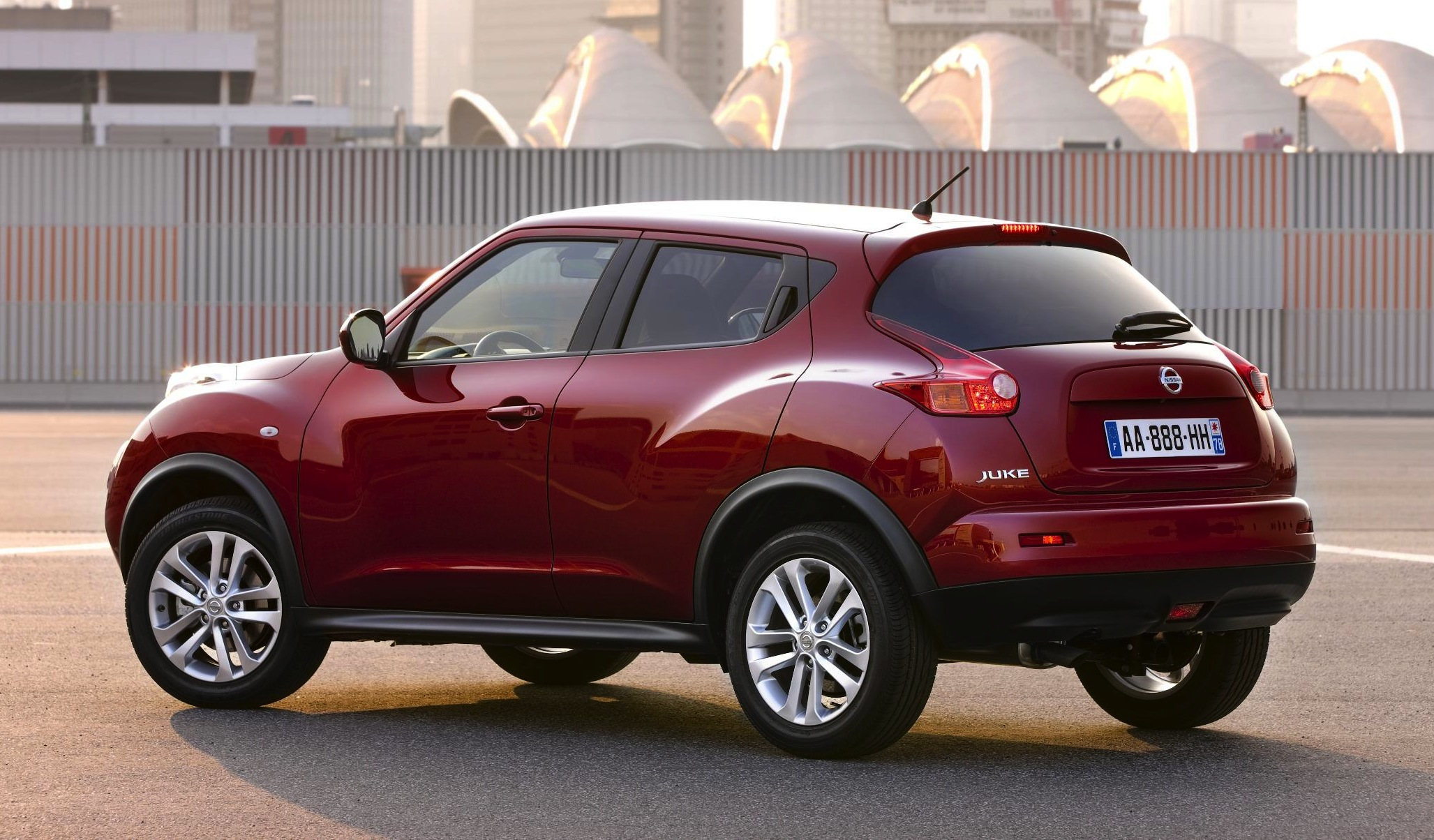 Nissan Juke crossover confirmed for Australia - photos ...