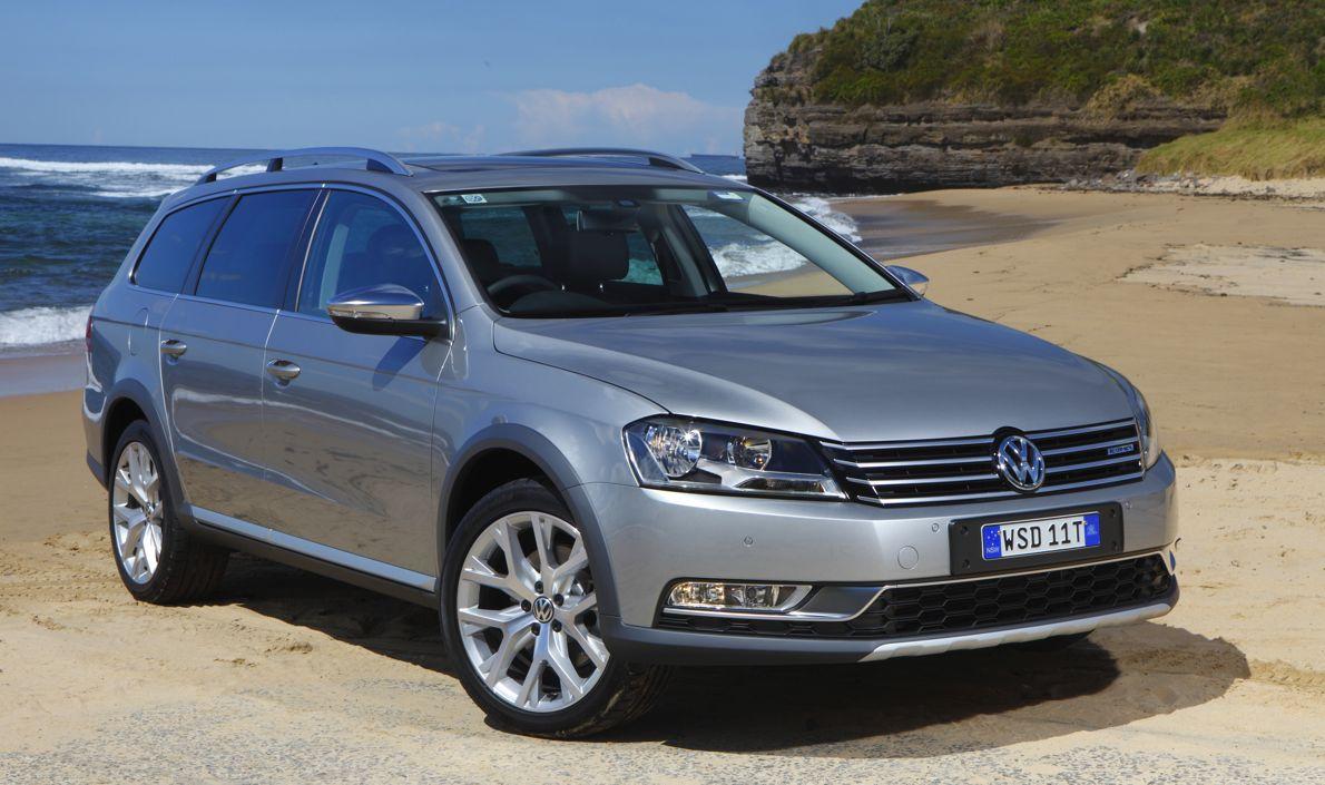 Volkswagen Passat Alltrack Review - photos | CarAdvice