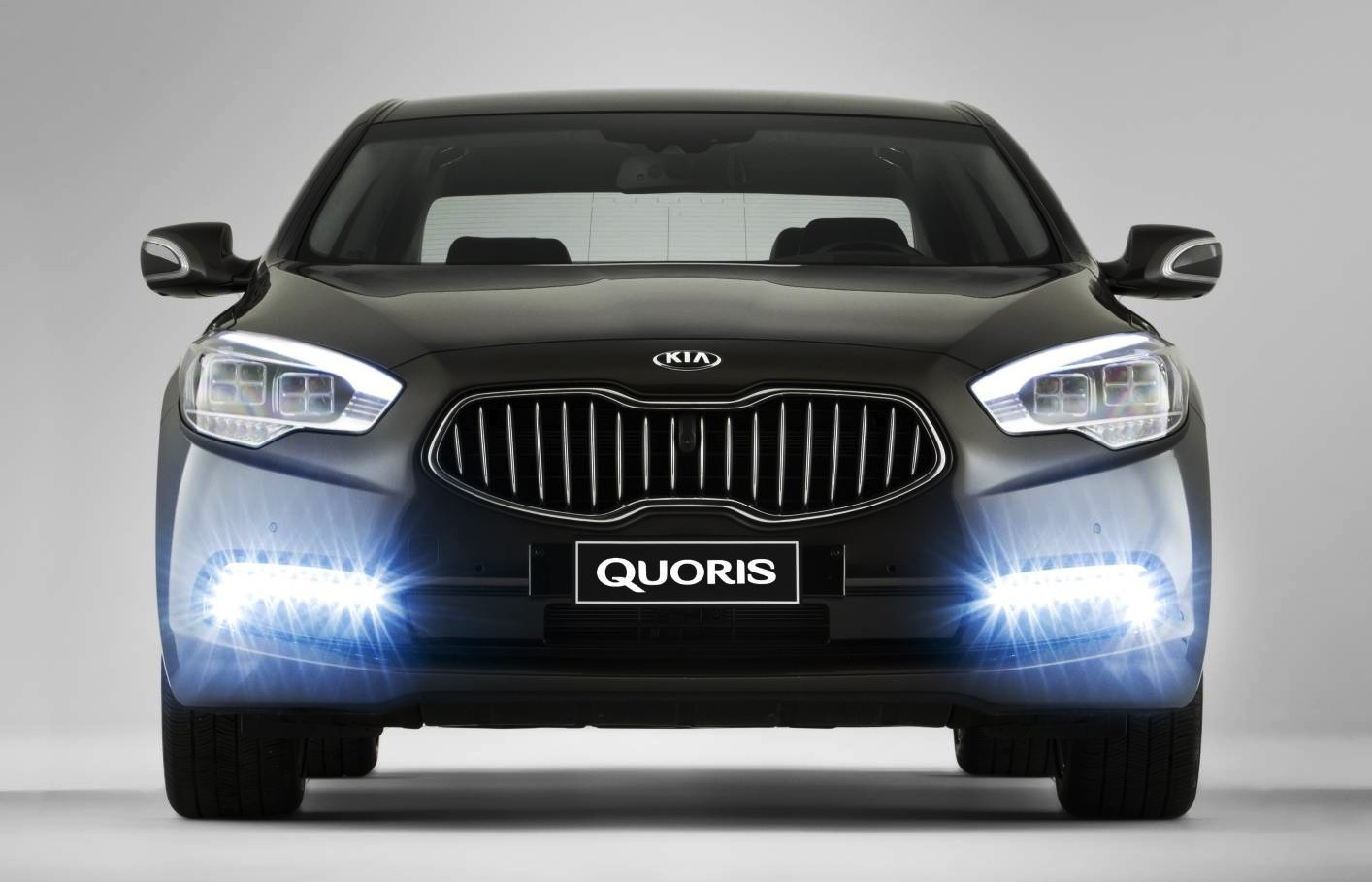 kia quoris luxury sedan to make australian debut