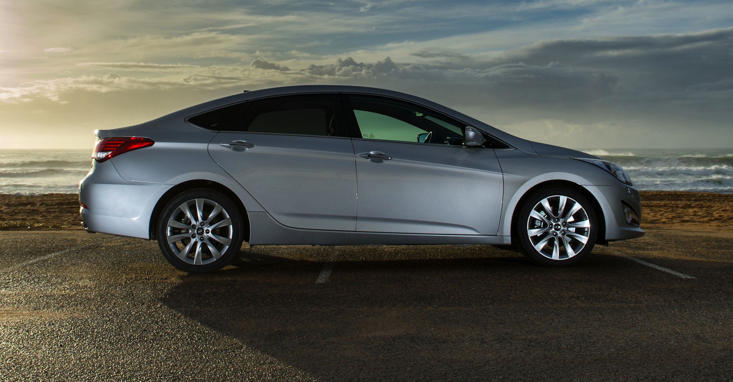 Hyundai i40 Review - photos | CarAdvice