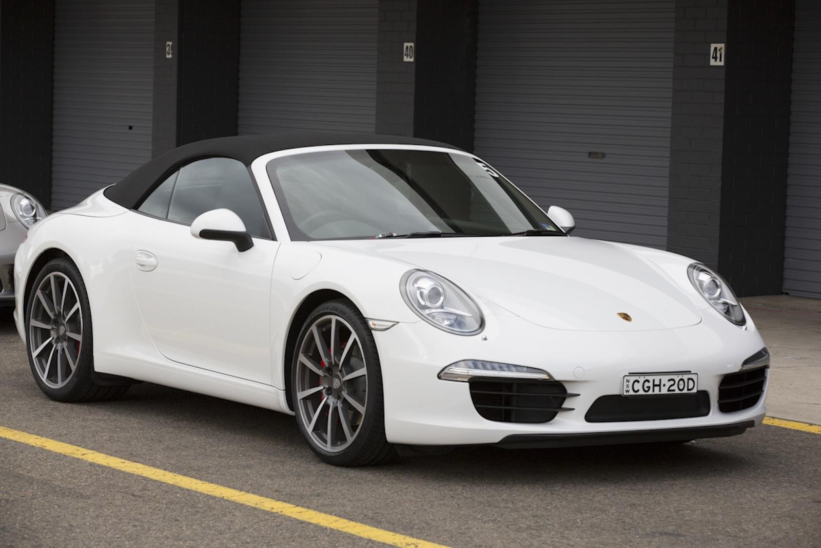 2013 porsche 911 carrera s cabriolet review photos caradvice. Black Bedroom Furniture Sets. Home Design Ideas