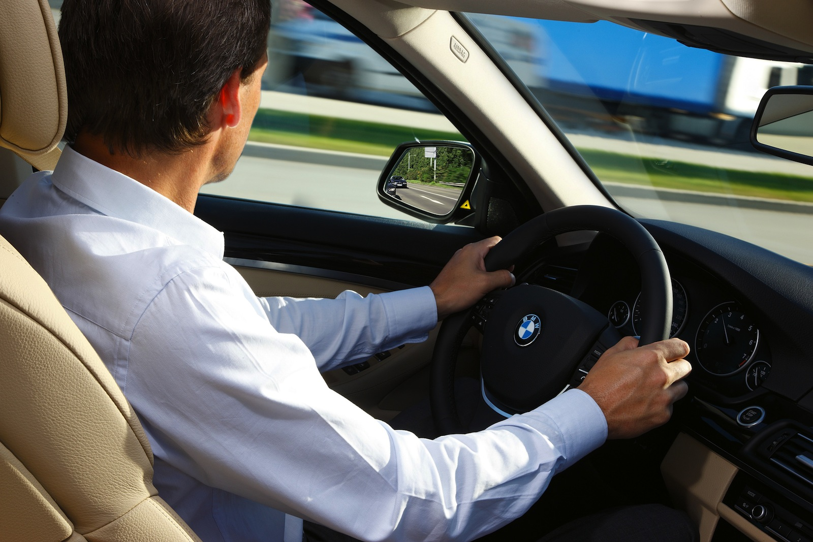 driver assist technologies who 39 s driving your car photos caradvice. Black Bedroom Furniture Sets. Home Design Ideas