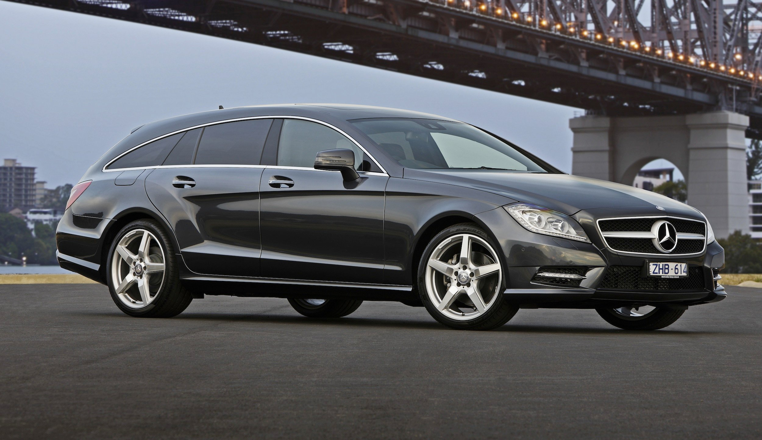 Mercedes benz cls350 shooting brake review caradvice for Mercedes benz cls 250 price