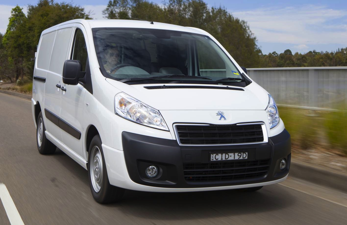 Peugeot Expert, Partner van ranges updated for 2013 ...
