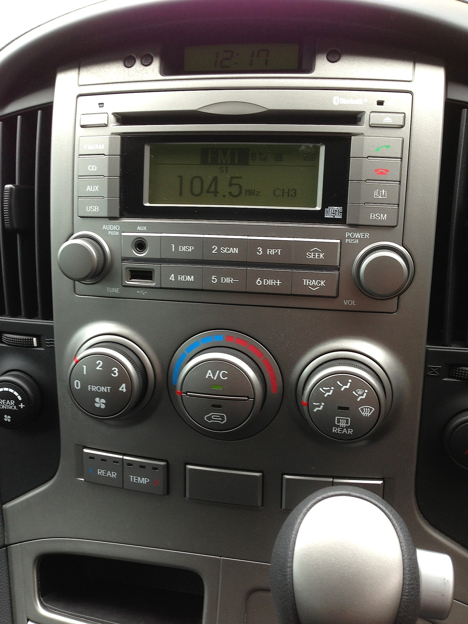 Hyundai Imax Review Photos Caradvice