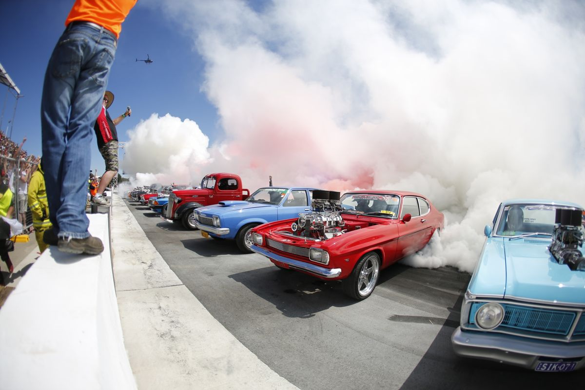 summernats fries  tyres  official guinness world record burnout video  caradvice