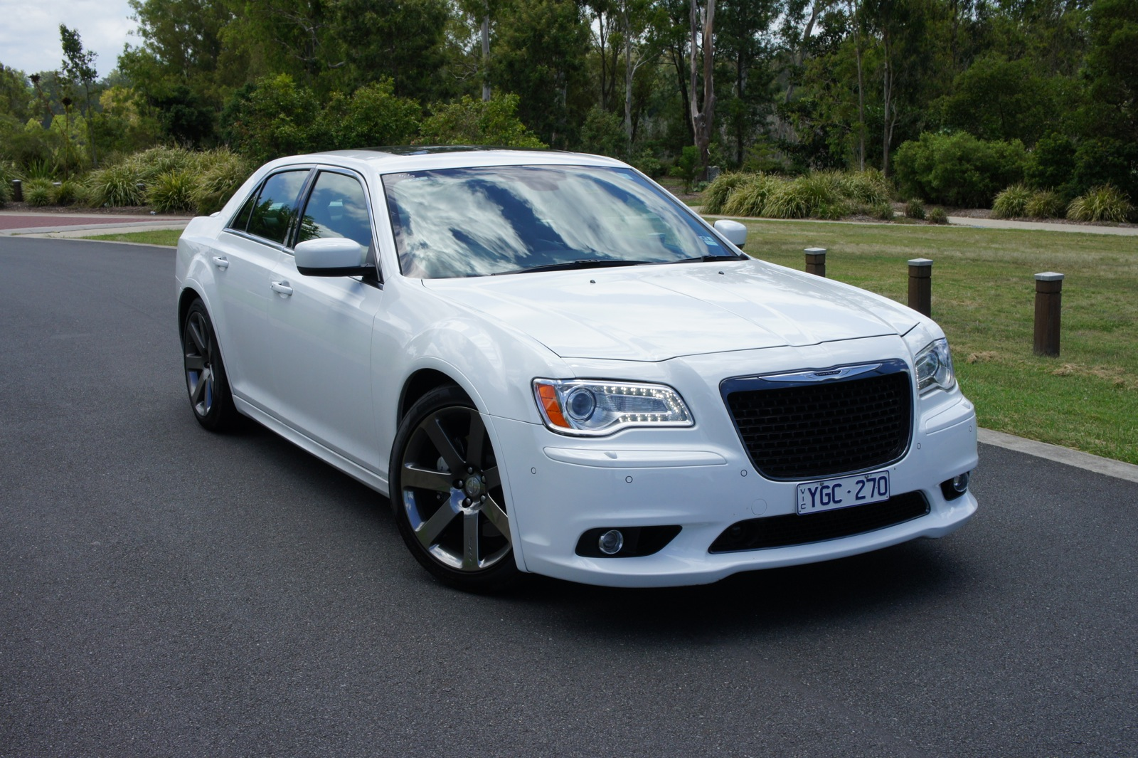 Chrysler 300 Srt8 Review Photos Caradvice