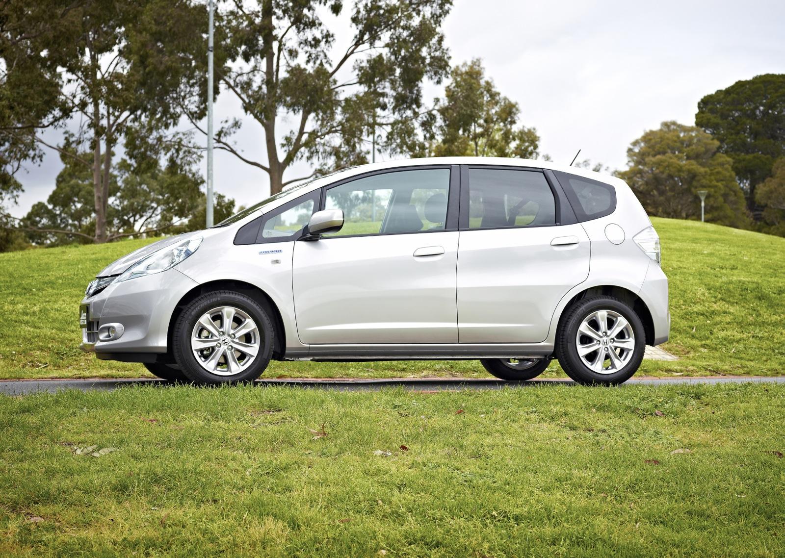 Honda Jazz Hybrid Review - photos | CarAdvice
