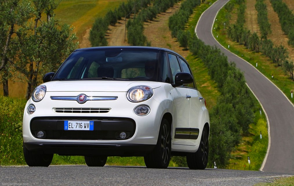 Fiat 500L gains two-cylinder TwinAir, 1.6 MultiJet diesel engines - photos | CarAdvice