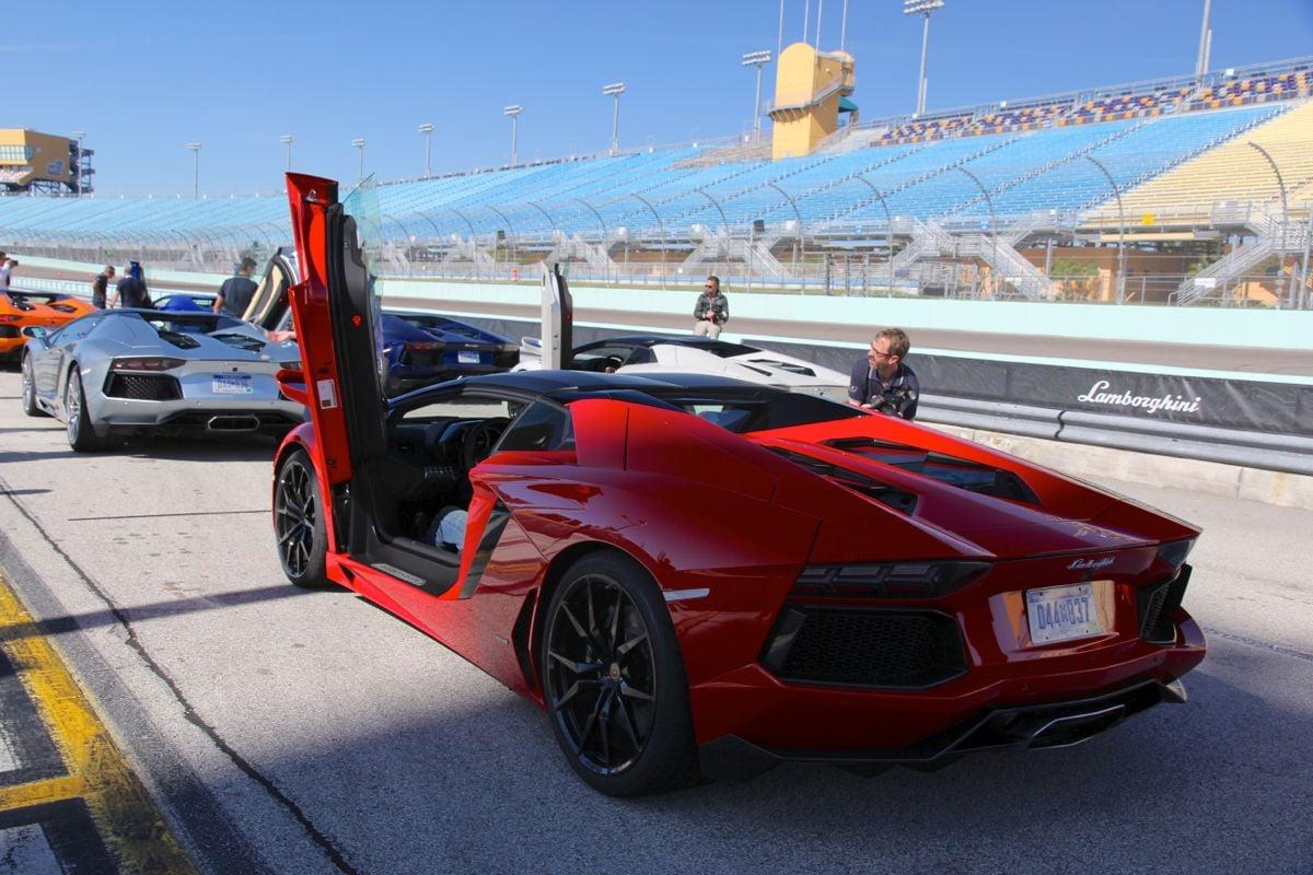 Lamborghini Aventador Lp700 4 Roadster Review Caradvice