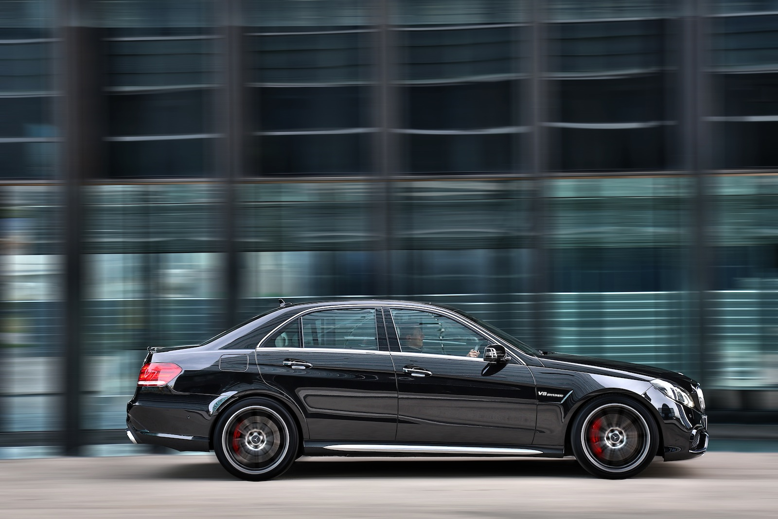 Luxury Sports Cars >> 2013 Mercedes-Benz E63 AMG Review - photos | CarAdvice