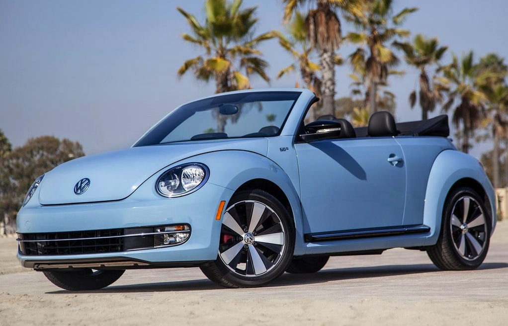 volkswagen beetle r set for australia convertible out photos 1 of 5. Black Bedroom Furniture Sets. Home Design Ideas
