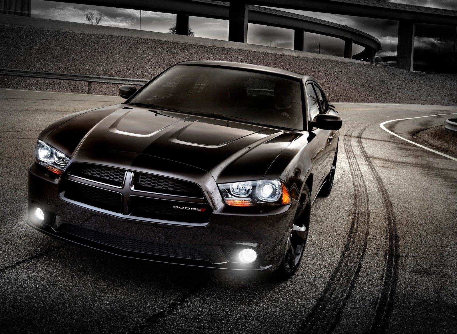 Dodge Charger on Ford Charger 2013