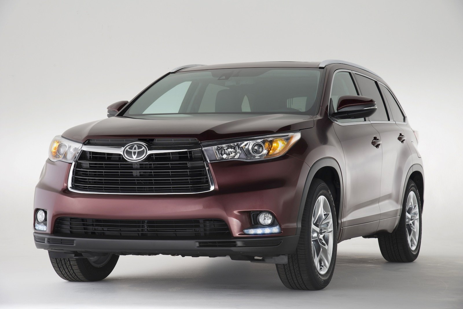 Toyota Kluger All New Suv Now Seats Eight But Still