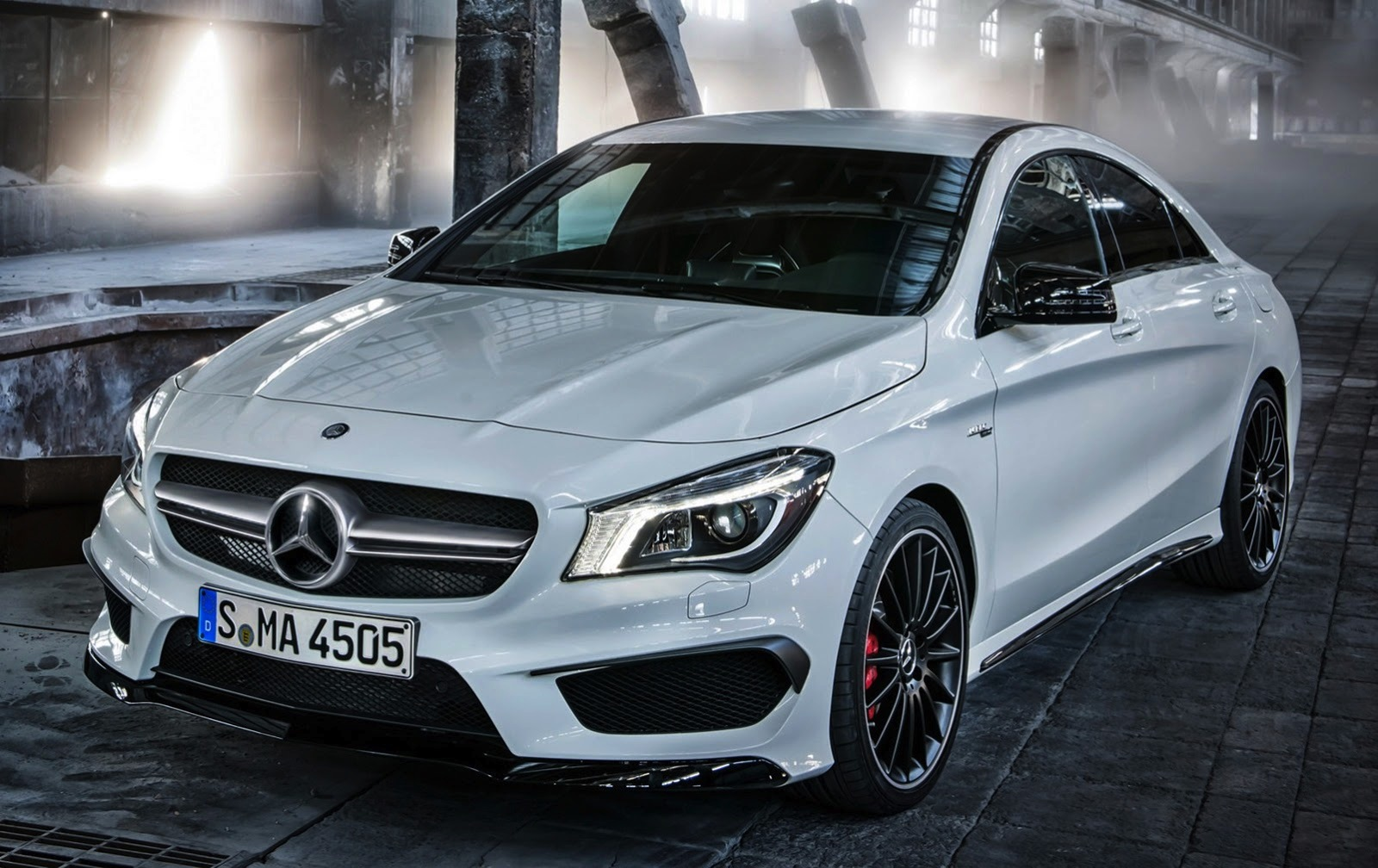 mercedes benz cla45 amg leaked photos caradvice. Black Bedroom Furniture Sets. Home Design Ideas