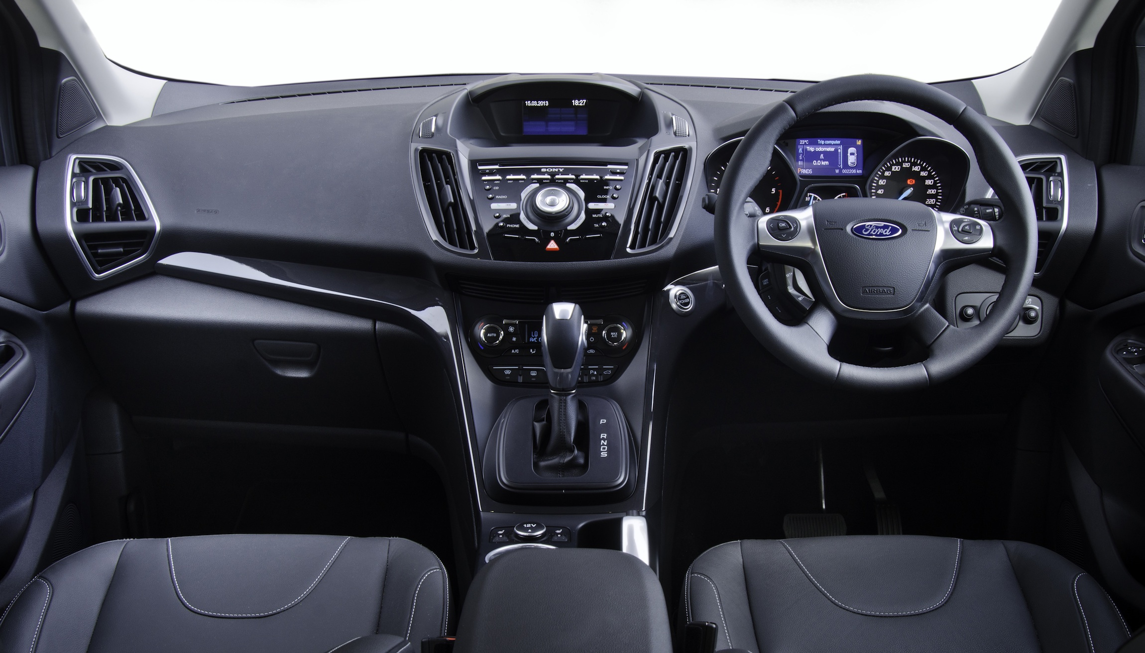 2013 Ford Kuga: pricing and specifications - Photos