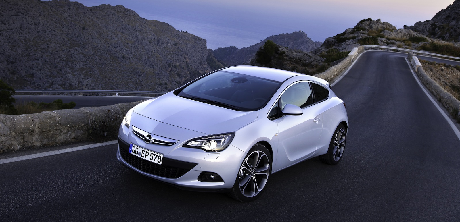 opel astra gtc new 1 6 litre turbo petrol here next month. Black Bedroom Furniture Sets. Home Design Ideas
