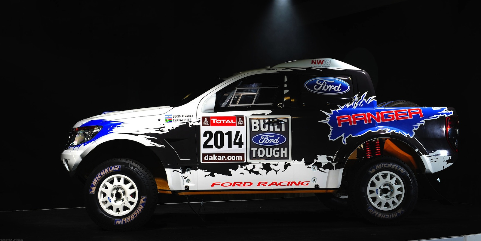 Ford Ranger Gets V8 Power For 2014 Dakar Rally Photos
