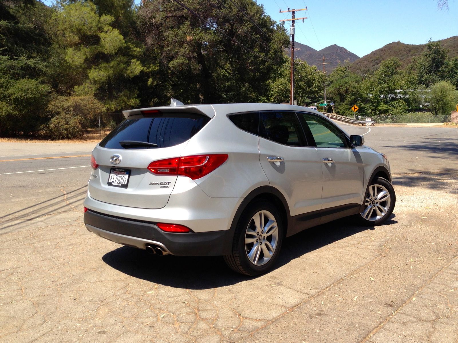 Hyundai Santa Fe 2.0L Turbo Review - photos | CarAdvice