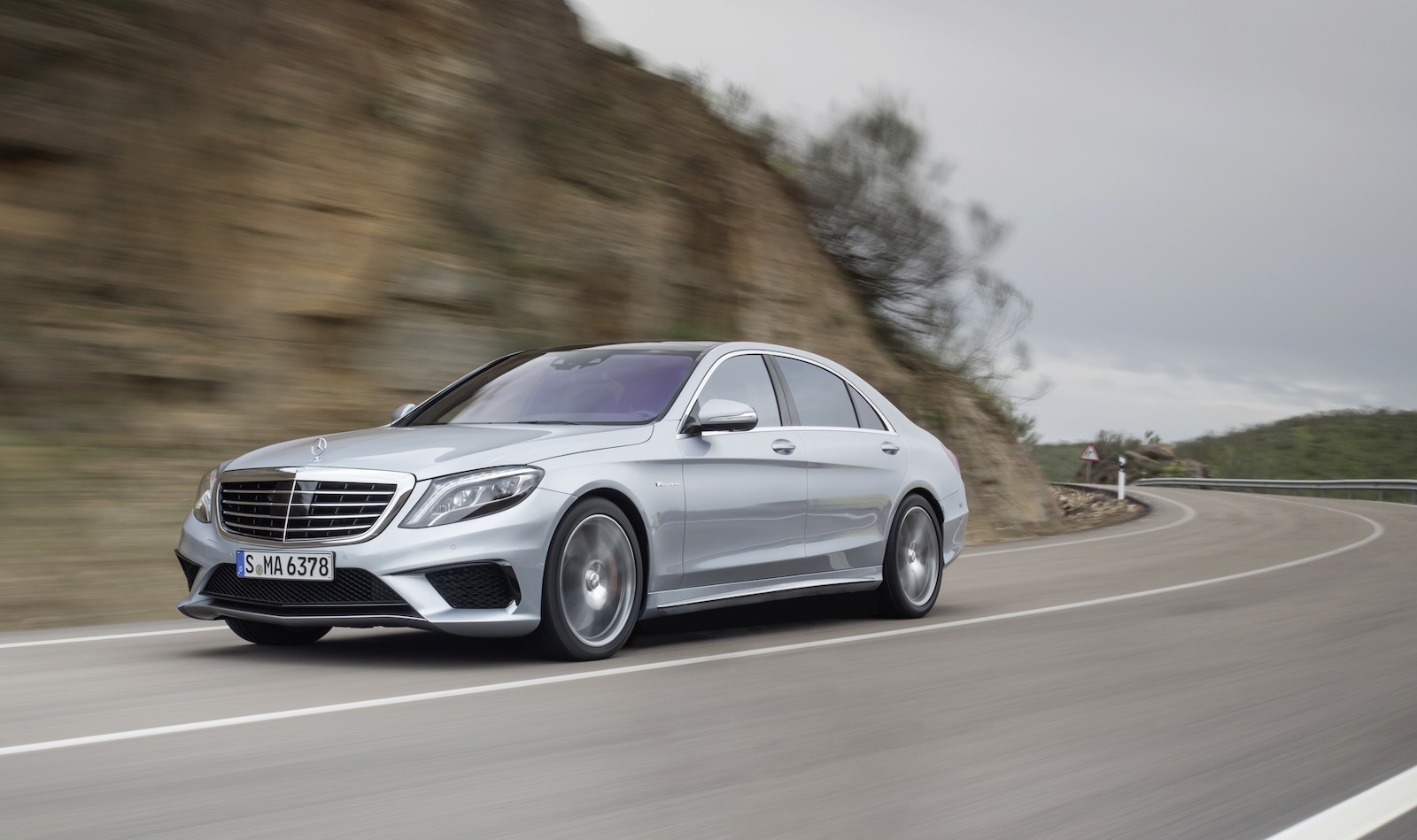 Mercedes benz s63 amg 900nm super sedan revealed photos for 2013 mercedes benz s63