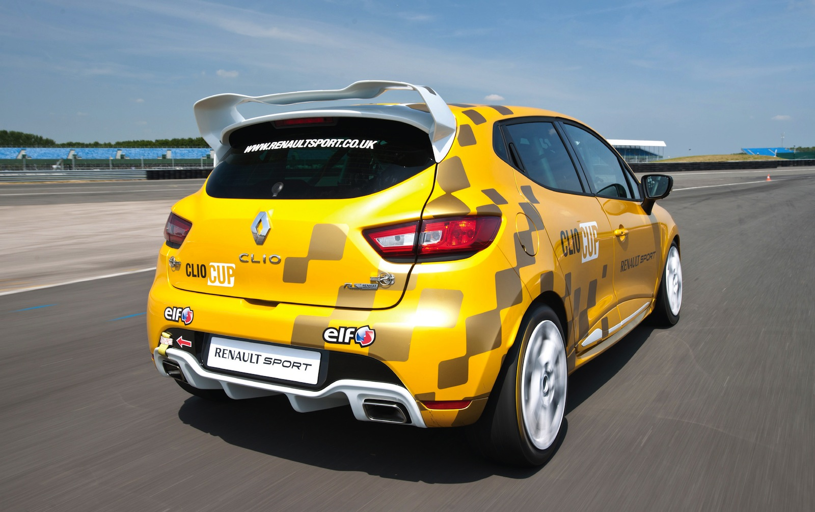 renault clio cup revealed ahead of 2014 racing season photos caradvice. Black Bedroom Furniture Sets. Home Design Ideas