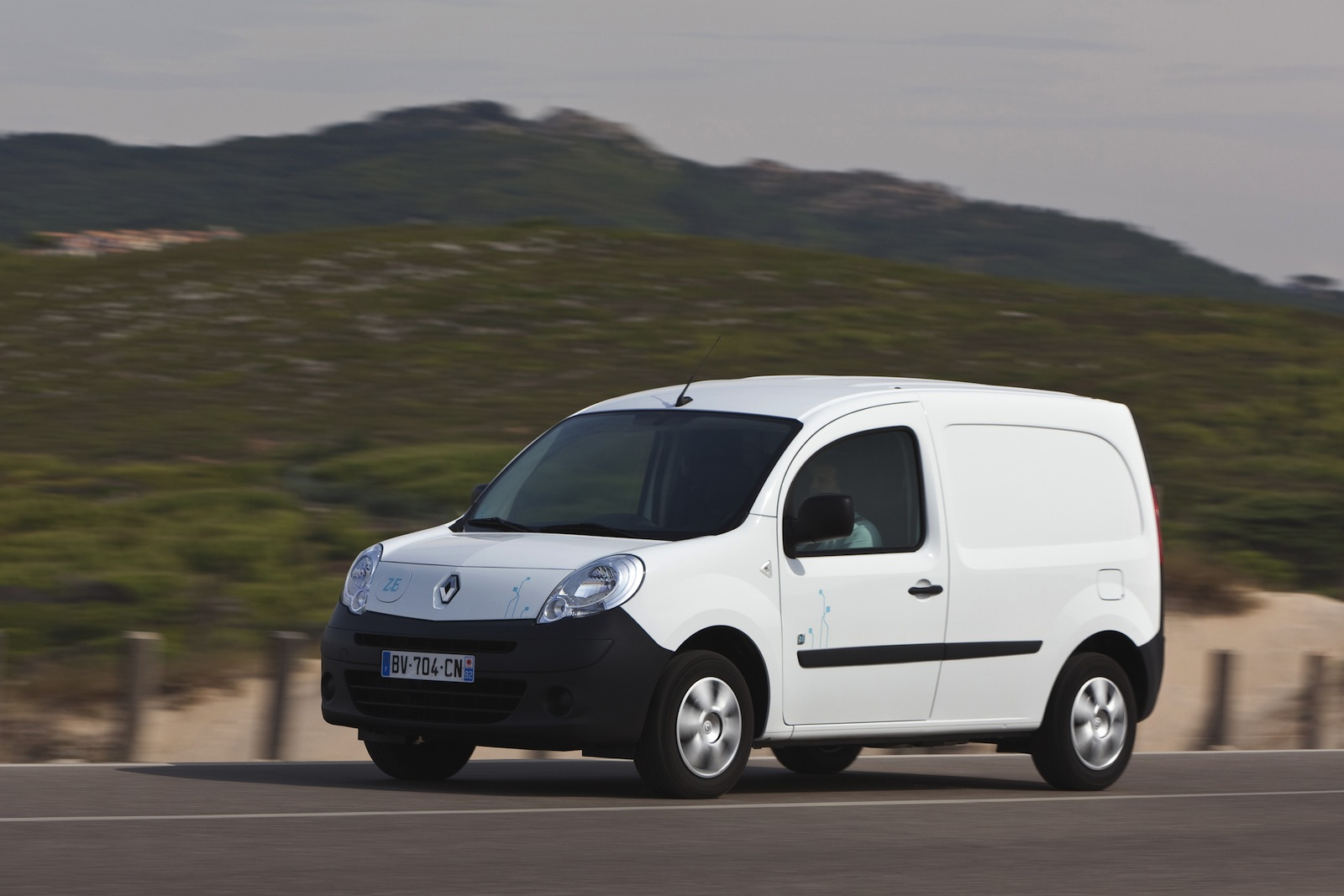 Renault Kangoo ZE electric van coming to Oz - photos | CarAdvice