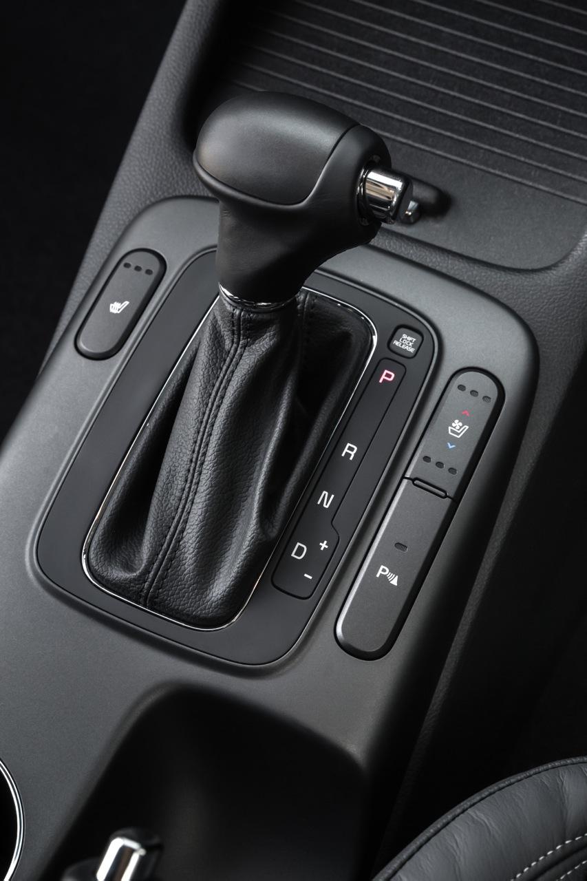 Kia Cerato Hatch Price & Specifications - photos   CarAdvice