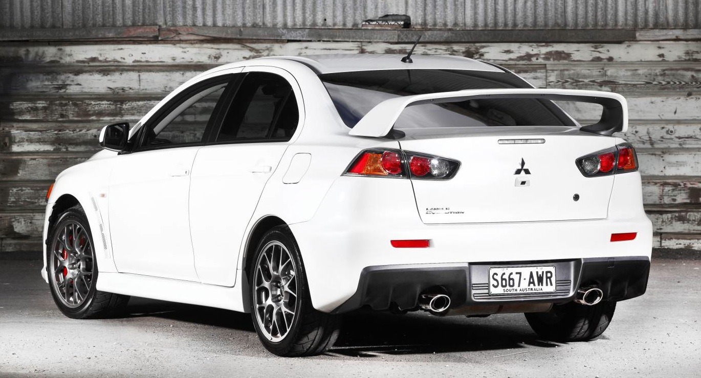 Mitsubishi Lancer Evolution updated for 2014 - photos | CarAdvice