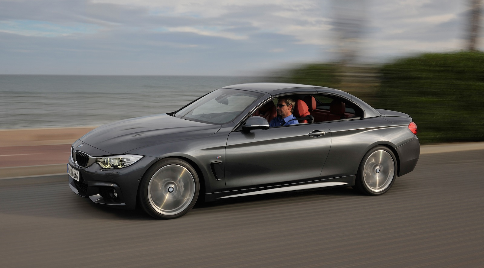 bmw 4 series convertible revealed photos caradvice. Black Bedroom Furniture Sets. Home Design Ideas