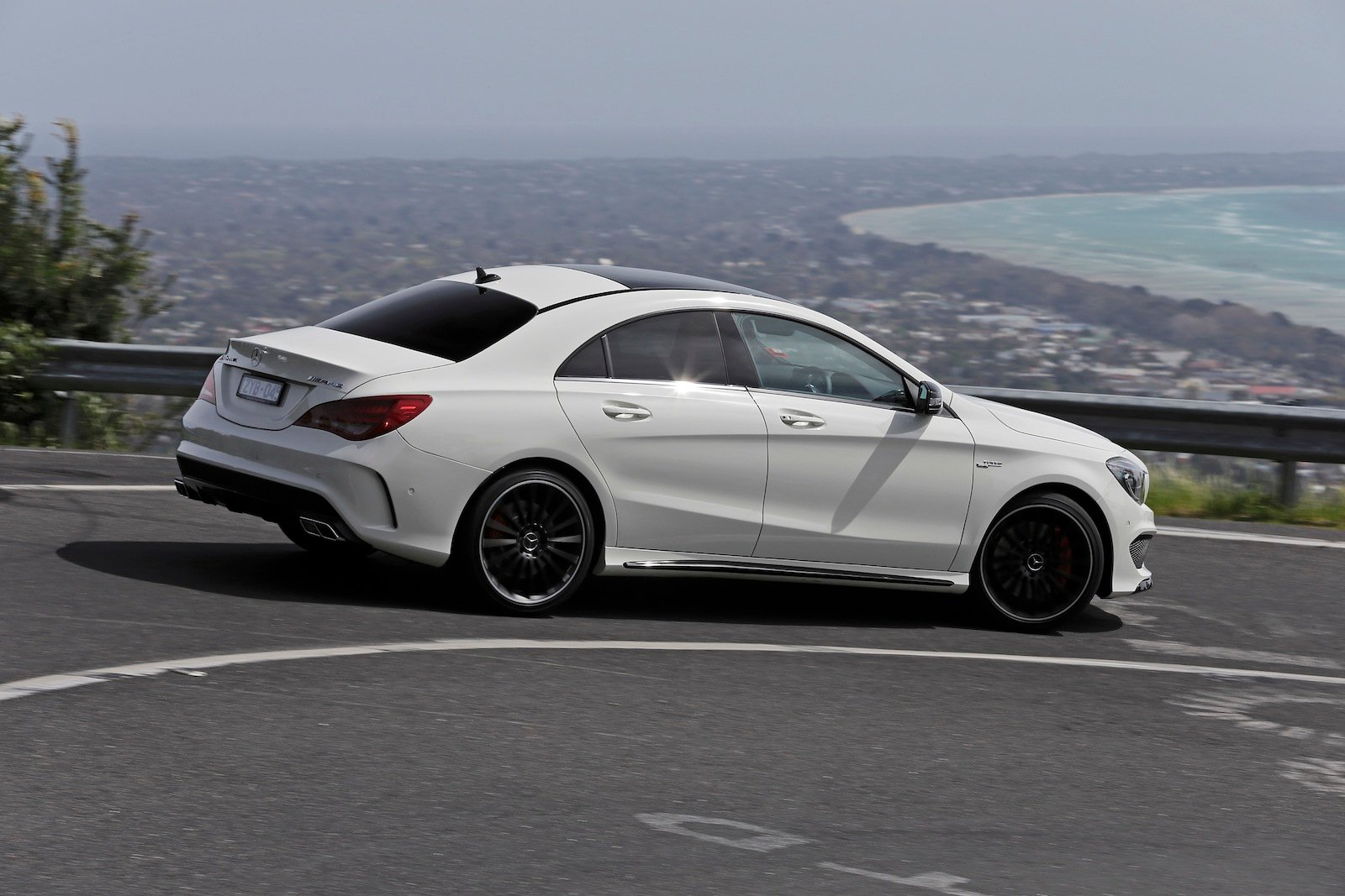mercedes benz cla45 amg review caradvice. Black Bedroom Furniture Sets. Home Design Ideas