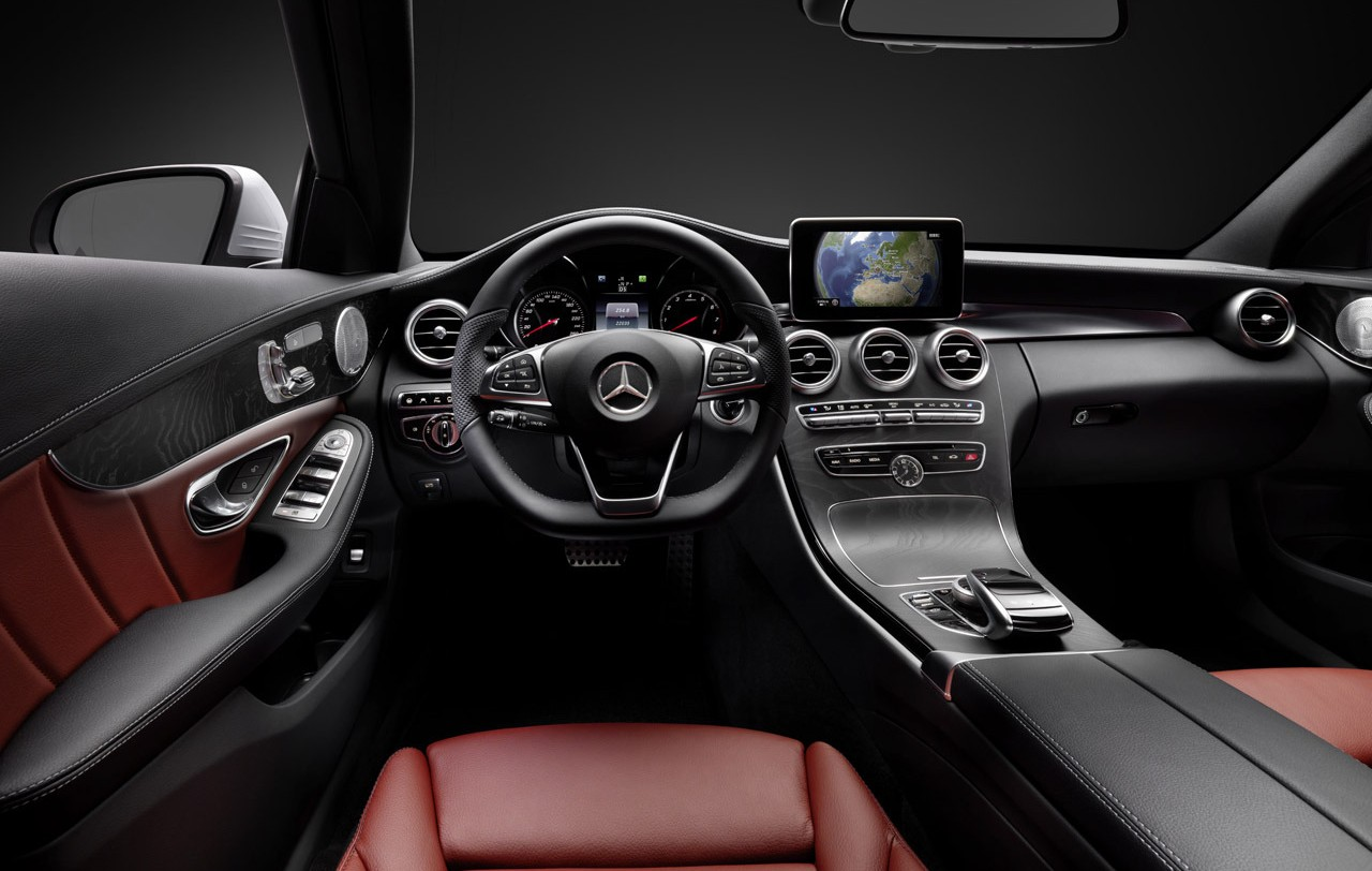 Mercedes benz c class interior styling features revealed for Interieur stylist