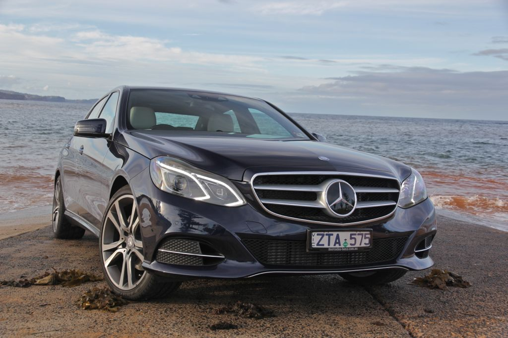 mercedes benz e class review e300 bluetec hybrid photos
