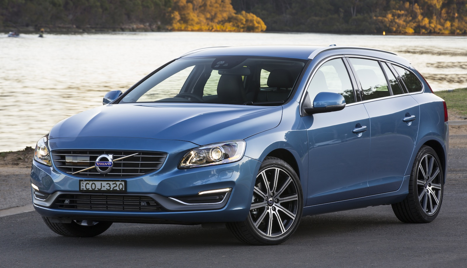 Volvo S60, V60 Update: Pricing And Specifications