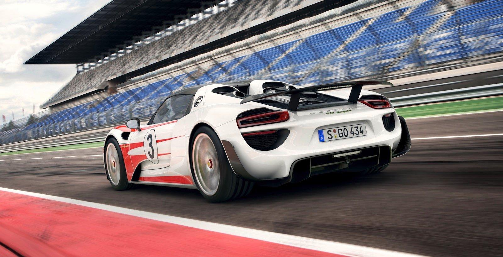 Porsche 918 Spyder Weissach Pack Option Claims 2 6sec 0
