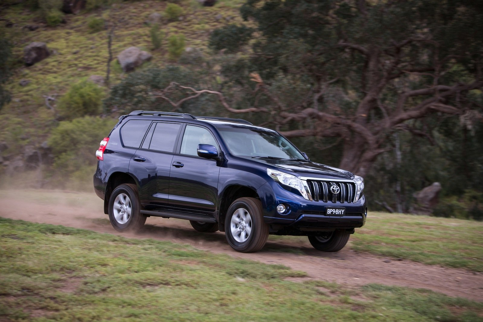 2014 Toyota LandCruiser Prado Review - photos | CarAdvice